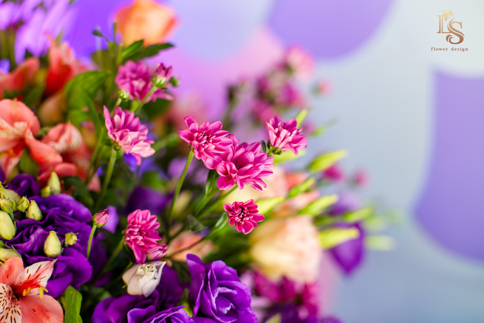 What are the 10 most popular flowers